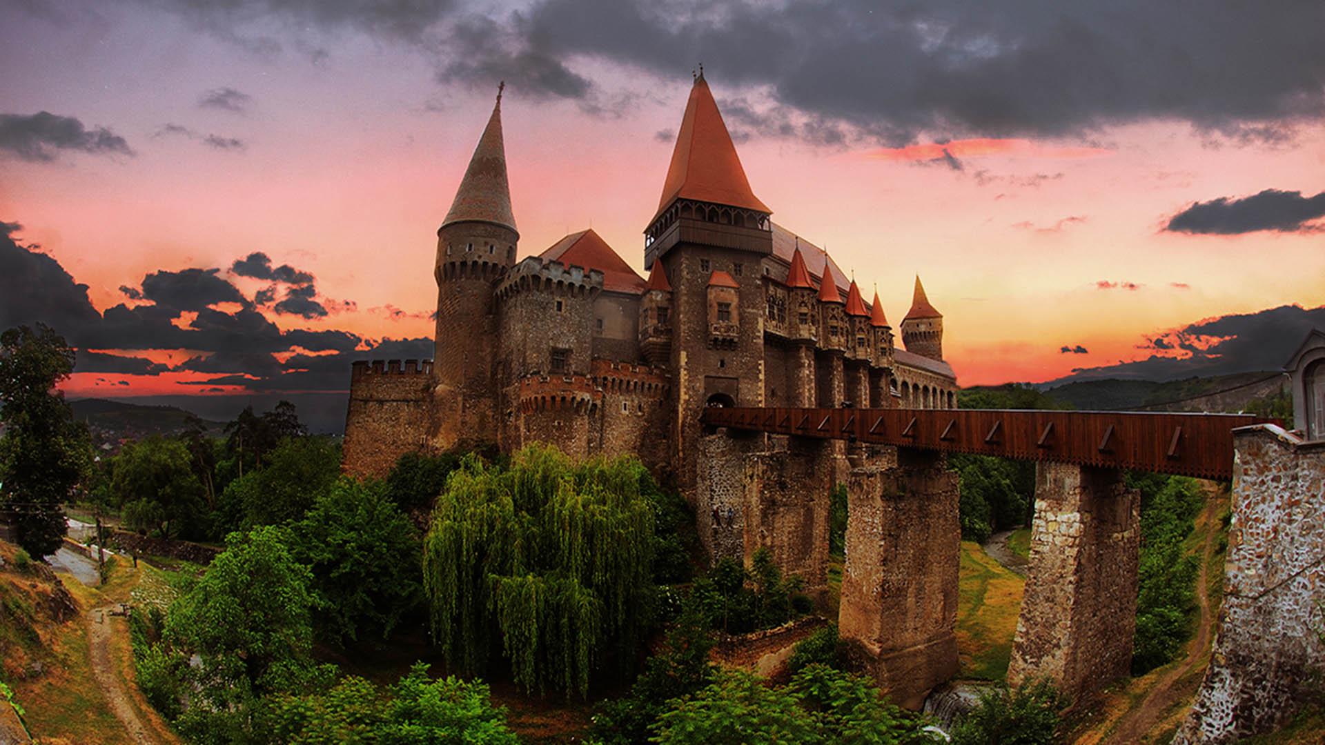 castelul din hunedoara background