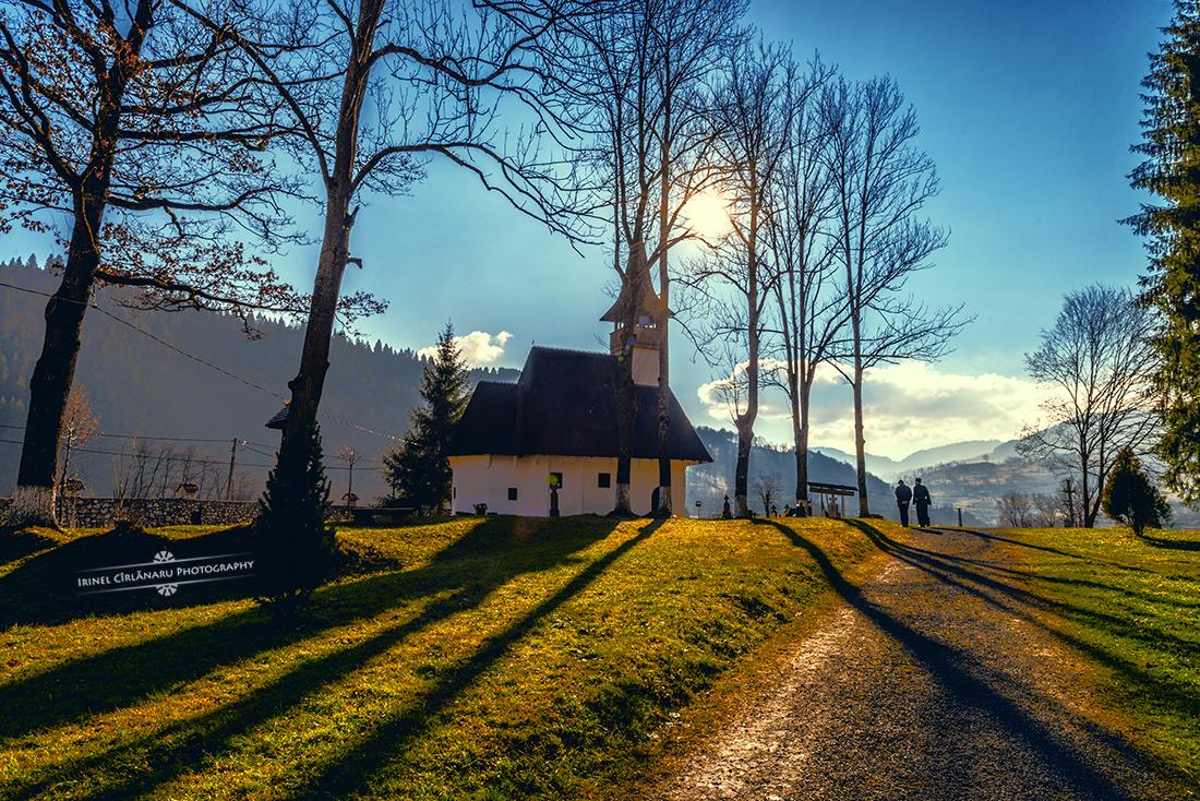 Bisericuta de lemn de la Manastirea Lupsa-Alba